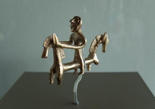 3D打印重现2800年前骑马者青铜雕像 - 图片