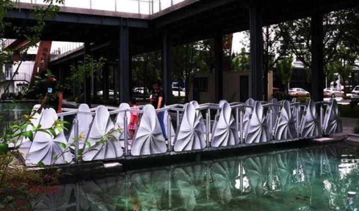 中国首座3D打印的伸缩桥亮相上海 - 图片